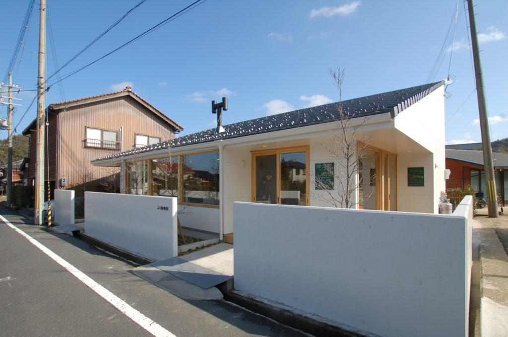 多くの人が訪れる木津温泉駅前に誕生したおもてなしの空間