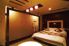 それぞれ違うデザインを施した10つの部屋を有する